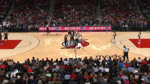 Bóng rổ nhà nghề Mỹ NBA: Mãn nhãn màn ném rổ - 4