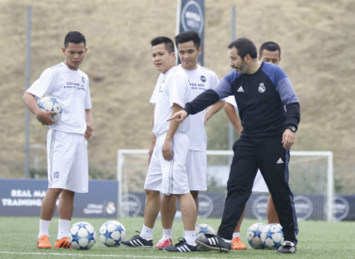 Chuyến đi để đời của FC Thành Đồng ở Real Madrid - 4