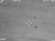 """Phi thường - kỳ quặc - Video: UFO tách làm đôi """"thoắt ẩn thoắt hiện"""" trên biển"""