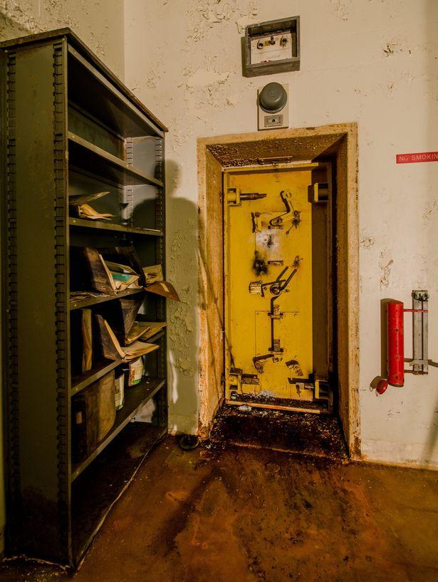 Bên trong căn hầm trú ẩn chiến tranh hạt nhân ở Mỹ - 6