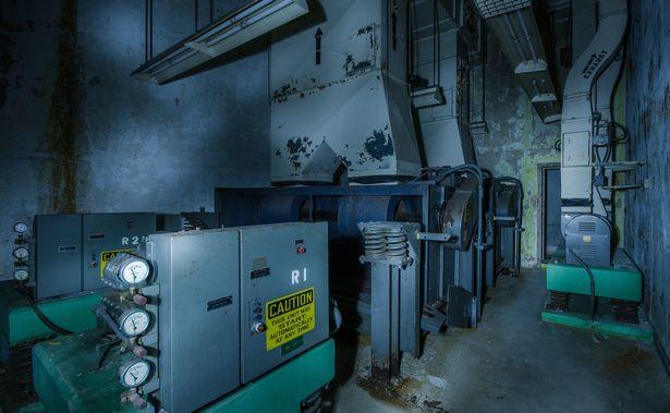 Bên trong căn hầm trú ẩn chiến tranh hạt nhân ở Mỹ - 8