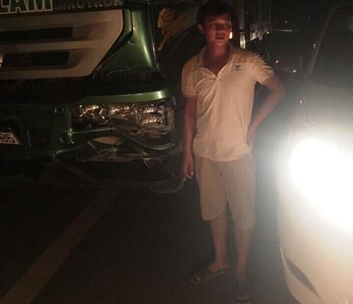 CSGT mượn xe của dân truy đuổi xe gây tai nạn bỏ trốn - 1