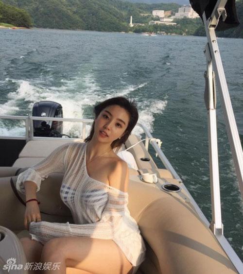 """Top 5 hoa hậu Hàn có """"trái cấm"""" đốt mắt nhất Hàn Quốc - 3"""