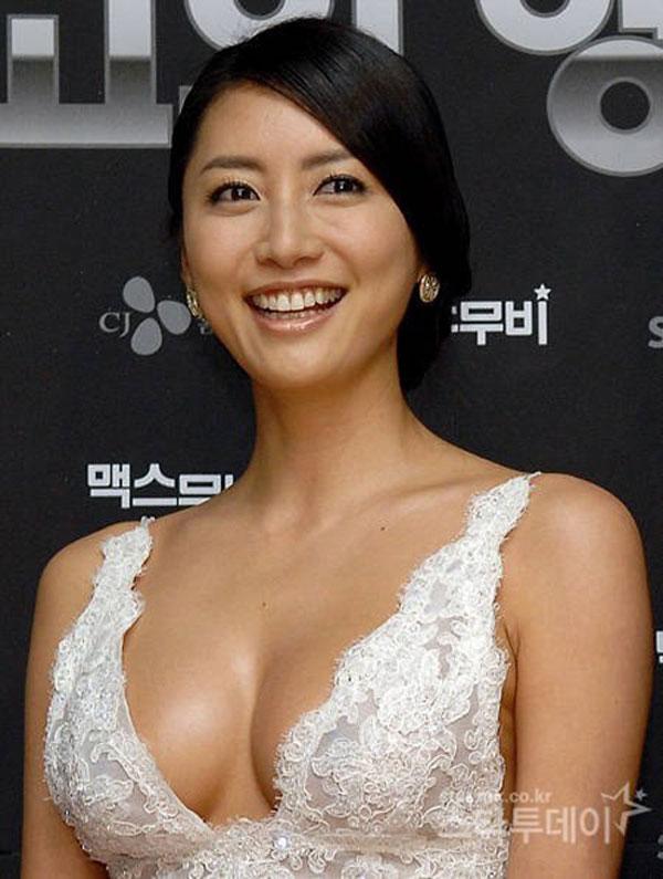 """Top 5 hoa hậu Hàn có """"trái cấm"""" đốt mắt nhất Hàn Quốc - 10"""