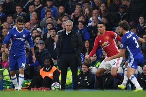 """Mourinho """"kêu trời"""" vì cầu thủ MU không biết cách thắng - 1"""