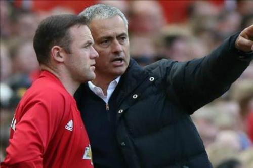 """Mourinho """"kêu trời"""" vì cầu thủ MU không biết cách thắng - 2"""