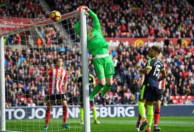 Chi tiết Sunderland - Arsenal: Chủ nhà vỡ trận (KT) - 3