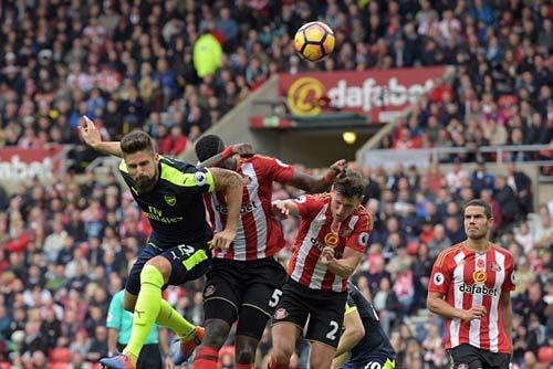 Sunderland - Arsenal: Kinh ngạc con bài từ ghế dự bị - 1