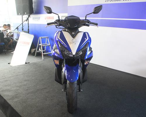 Yamaha NVX 2017 ra mắt ở Malaysia giá 46,5 triệu đồng - 5