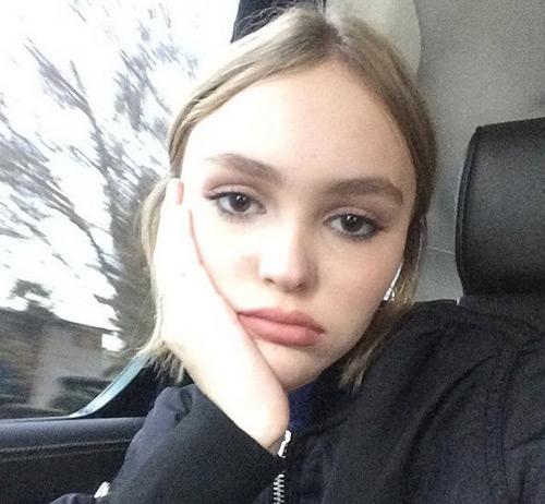 """Không ngờ """"cướp biển"""" Depp có con gái 17 tuổi quá đẹp - 10"""