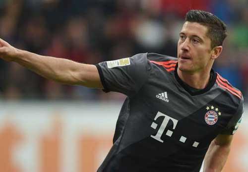 Augsburg – Bayern Munich: Khoe nanh  múa vuốt - 1