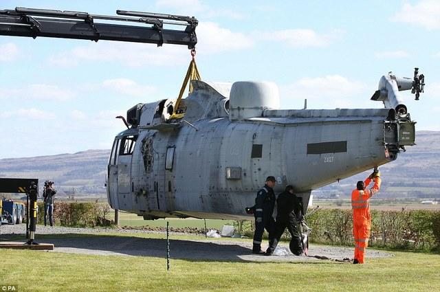 Anh: Mua trực thăng chiến đấu làm nhà ở cho 6 người - 11