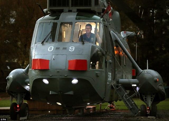 Anh: Mua trực thăng chiến đấu làm nhà ở cho 6 người - 10