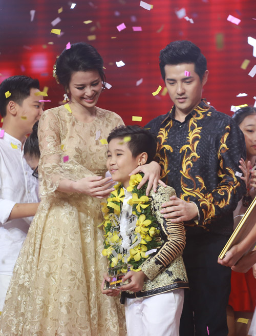 """""""Viên ngọc quý"""" của Đông Nhi đăng quang The Voice Kids 2016 - 1"""