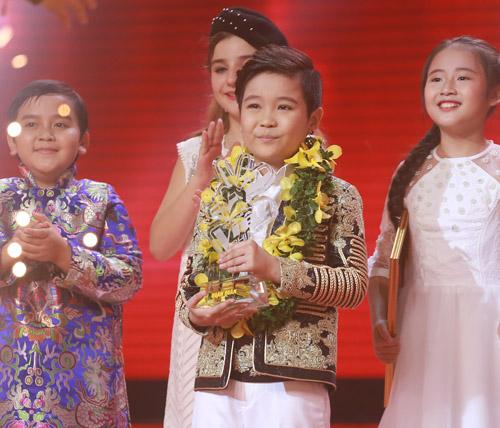 """""""Viên ngọc quý"""" của Đông Nhi đăng quang The Voice Kids 2016 - 4"""