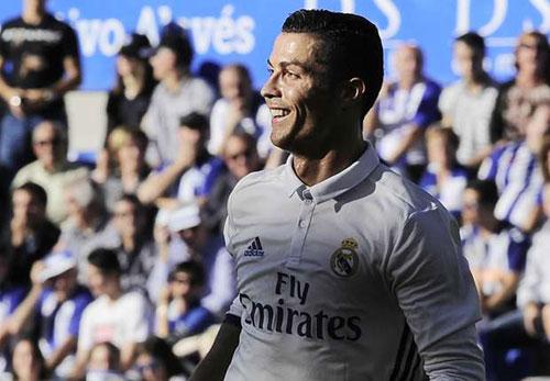Cán mốc 350 bàn, Ronaldo xứng đáng giành Quả bóng Vàng - 2
