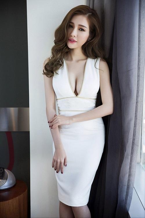"""Elly Trần đẹp khiêu khích, soán ngôi """"nữ thần"""" vòng 1 - 2"""