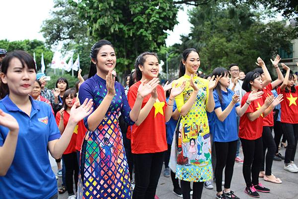 Hàng trăm bạn trẻ Hà Nội cùng nhau nhảy vì sự Tử tế - 6