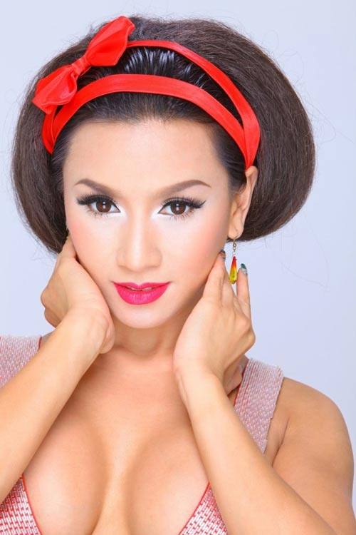 Người tình màn ảnh sexy nhất của Lý Hùng lấy chồng lần 2 - 10