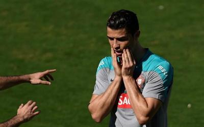 "Ronaldo, Mayweather hóa trang ""cực dị"" mừng Halloween - 8"