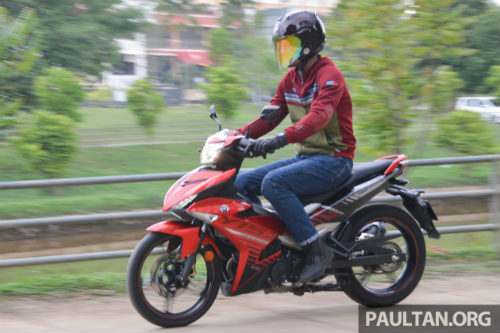 Chọn mua Honda RS150R hay Yamaha 15ZR? - 5
