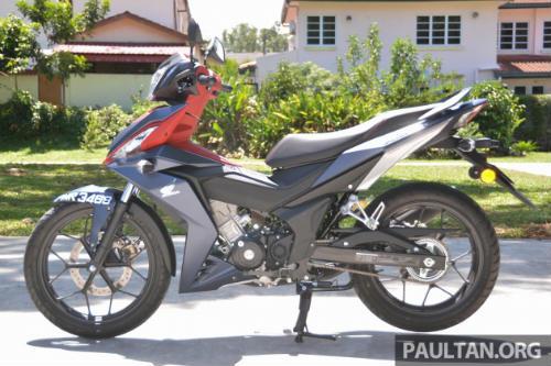 Chọn mua Honda RS150R hay Yamaha 15ZR? - 8