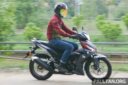 Chọn mua Honda RS150R hay Yamaha 15ZR? - 9