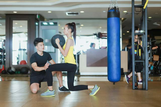 Ngắm Quán quân Next Top Ngọc Châu gợi cảm tập gym - 2