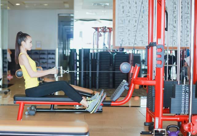 Ngắm Quán quân Next Top Ngọc Châu gợi cảm tập gym - 6