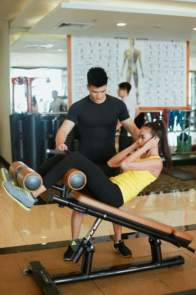 Ngắm Quán quân Next Top Ngọc Châu gợi cảm tập gym - 15