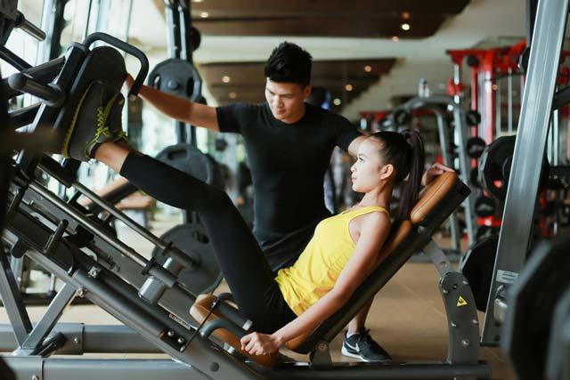 Ngắm Quán quân Next Top Ngọc Châu gợi cảm tập gym - 10
