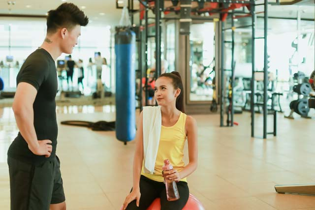 Ngắm Quán quân Next Top Ngọc Châu gợi cảm tập gym - 17