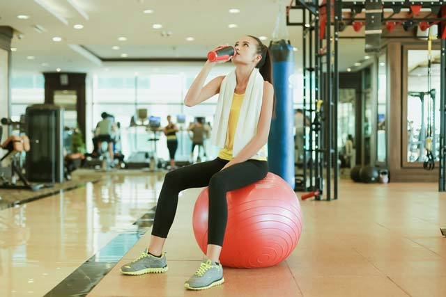 Ngắm Quán quân Next Top Ngọc Châu gợi cảm tập gym - 16