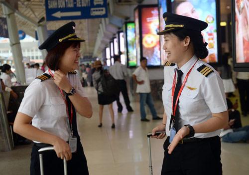 Cô gái Sài thành trở thành nữ phi công trẻ tuổi nhất VN - 9