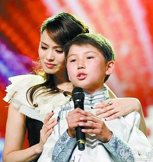 Bất ngờ gặp lại cậu bé hát về mẹ làm day dứt triệu trái tim - 6