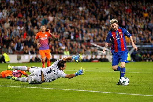 Tin HOT bóng đá tối 31/10: Ramos là hậu vệ hay nhất thế giới - 2