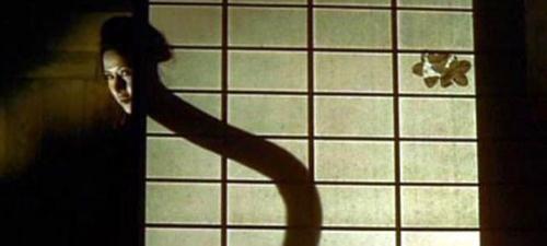 """Kinh hãi với """"thiếu phụ cổ dài"""" nổi tiếng trong phim Nhật - 3"""