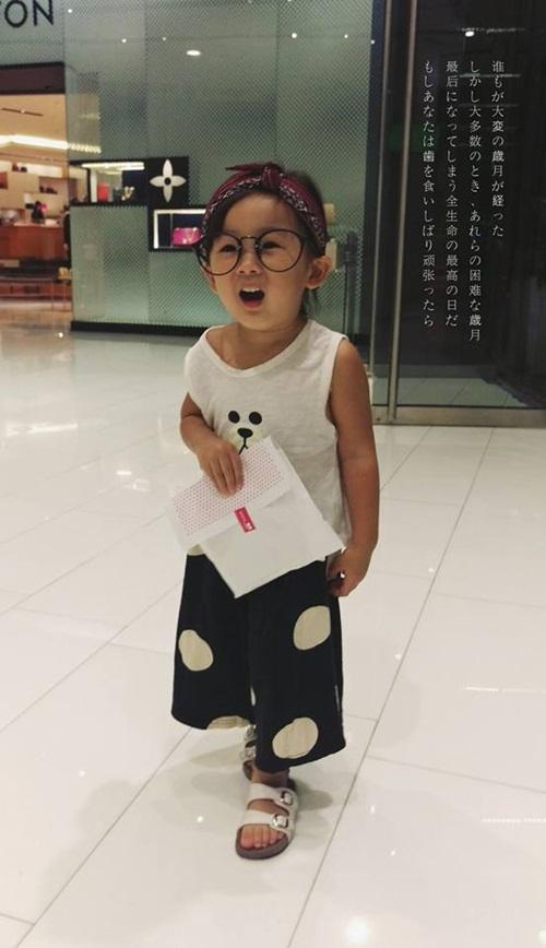 Dân mạng thế giới truy lùng cô nhóc nổi nhất mùa Halloween - 14