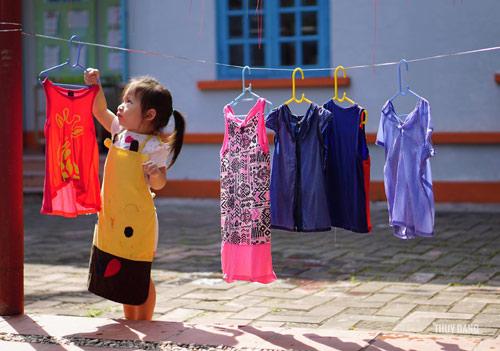 Phát ngán với kiểu dạy con của bố mẹ Việt - 2