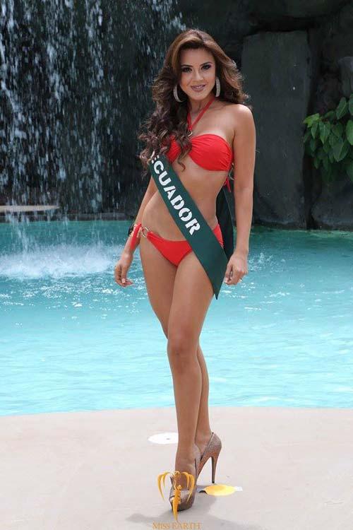 Ngắm đường cong nóng bỏng của Tân Hoa hậu Trái Đất - 8