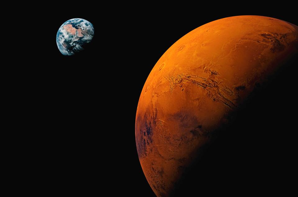 Ảnh của NASA cho thấy xác gấu nâu trên Sao Hỏa? - 3