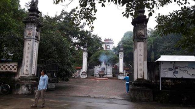 Nghệ An: 7 hòm công đức tại đền Cuông bị trộm - 1
