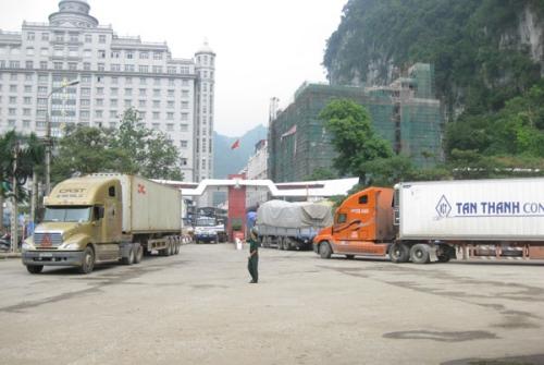 Bí mật về 2 ông trùm khét tiếng ở cửa khẩu Tân Thanh - 1