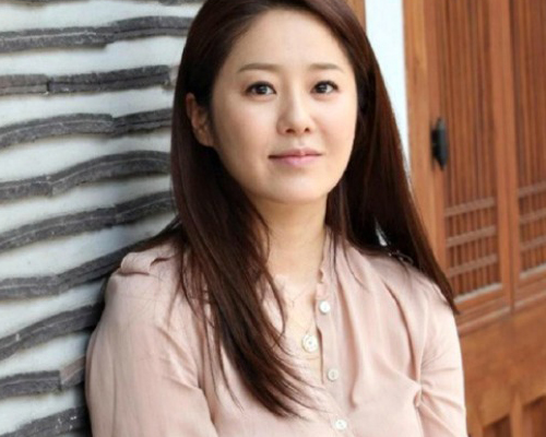 """Cuộc sống xa hoa của 7 mỹ nhân Hàn """"hot"""" nhất thập niên 90 - 8"""