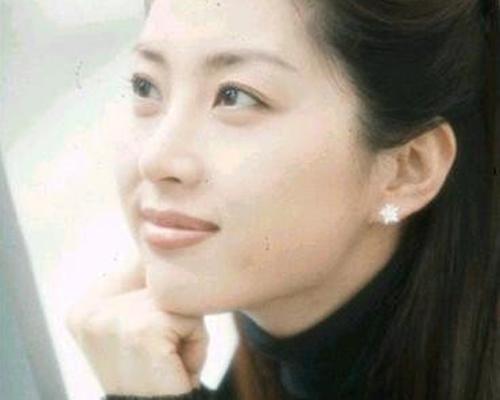 """Cuộc sống xa hoa của 7 mỹ nhân Hàn """"hot"""" nhất thập niên 90 - 18"""
