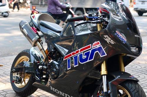 MSX 125 biến hình thành MotoGP độc nhất Sài thành - 1