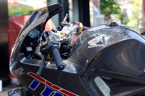 MSX 125 biến hình thành MotoGP độc nhất Sài thành - 4