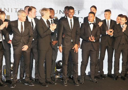 MU: Schweinsteiger vui mừng, Mourinho lo ngay ngáy - 3