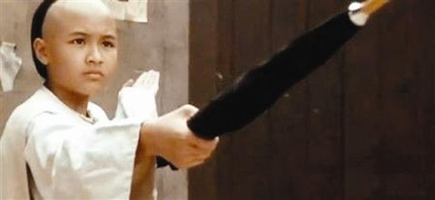 11 phiên bản võ sư vượt tài Lý Tiểu Long trên màn ảnh - 11