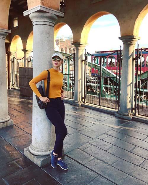 Mỹ nhân Việt mặc gì khi trời trở lạnh? - 5